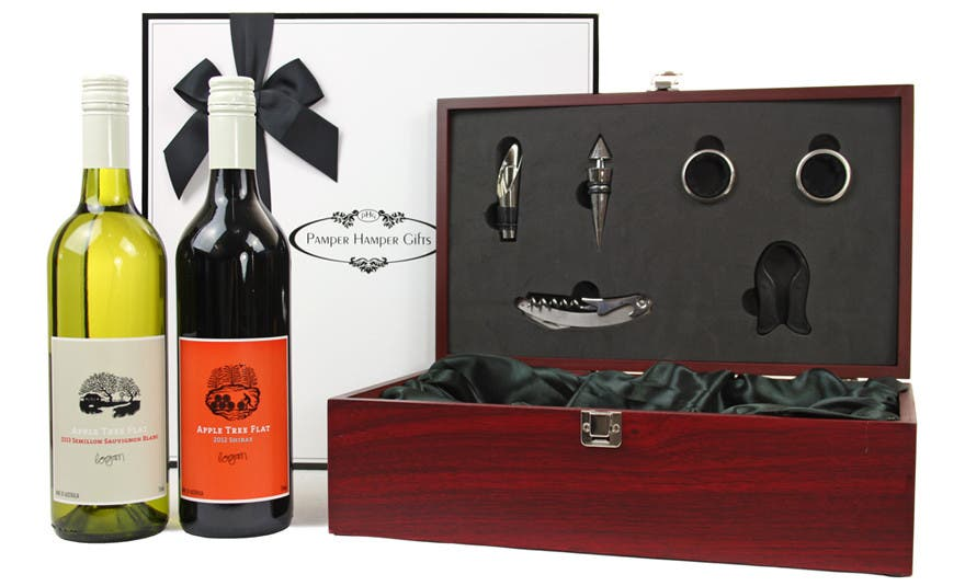 Image of Double Wine in a Mahogany Box Corporate Gift Hamper