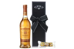 Glenmorangie with Ferrero Rocher Chocolate trio beautifully packaged in our signature gift box